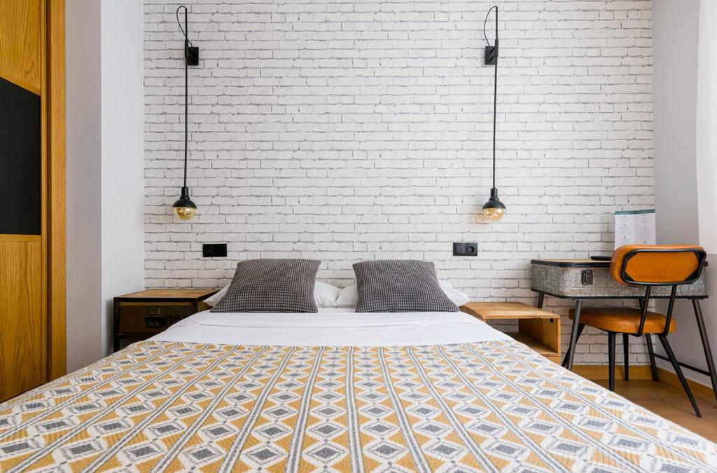 Habitación doble con cama matrimonial Hotel Costa Verde